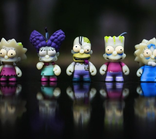 Kidrobot+X+The+Simpsons+Zombie+Family+Pack