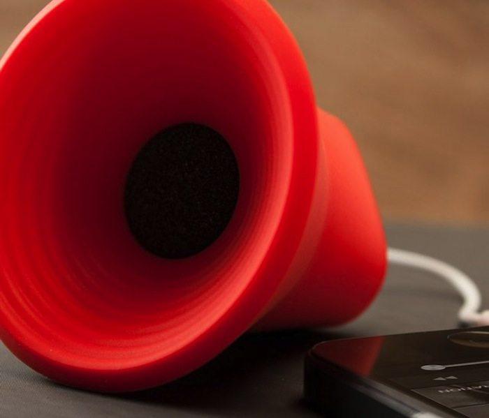Mini Wow Speaker loading=