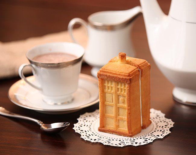 doctor-who-tardis-gelatin-mold-set