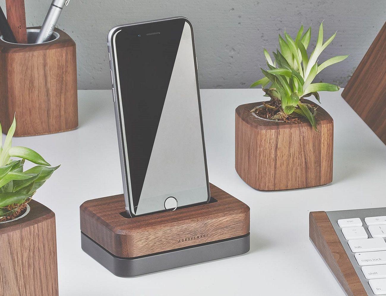 Grove iPhone Dock