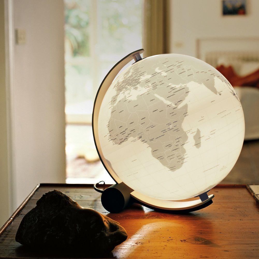 Q-Ball Connection Illuminated Globe