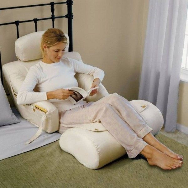 The Bedlounge Hypoallergenic Bed Rest Pillow 187 Gadget Flow
