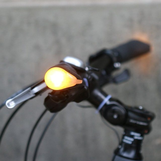 BlinkerGrips Bicycle Grips with LED Turn Indicator lights