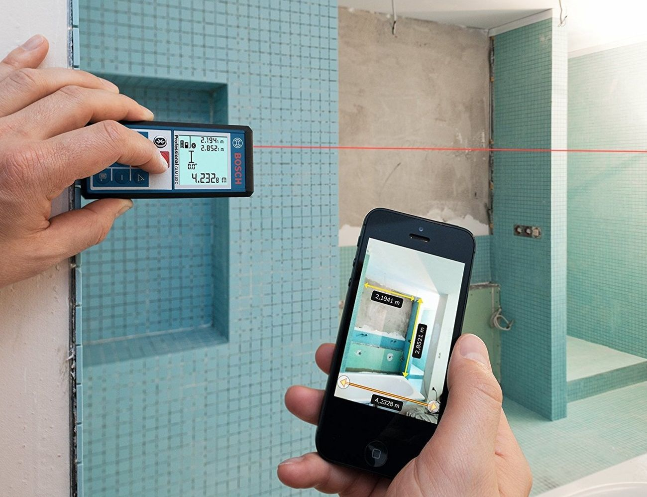bosch glm 100 c laser measure gadget flow. Black Bedroom Furniture Sets. Home Design Ideas