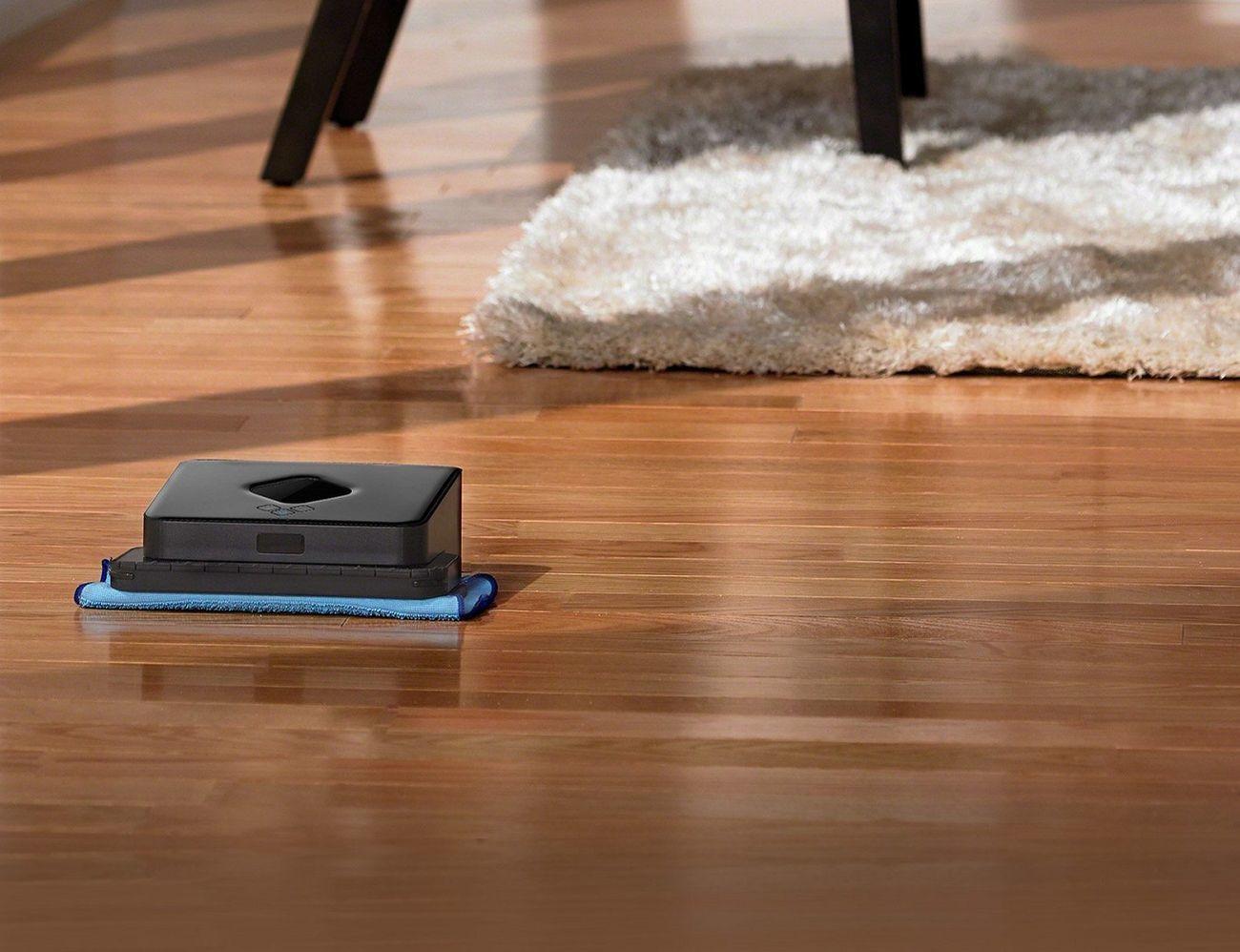 Braava iRobot 380t Floor Mopping Robot