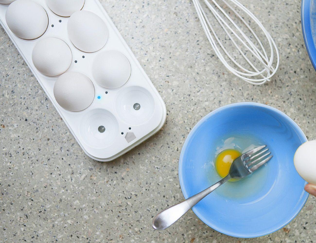 Egg Minder Smart Egg Tray » Gadget Flow