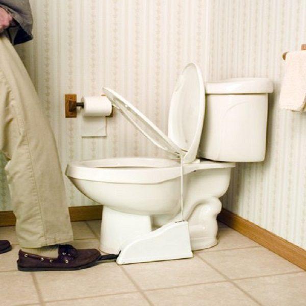 Flipper Hands-Free Toilet Seat Lifter