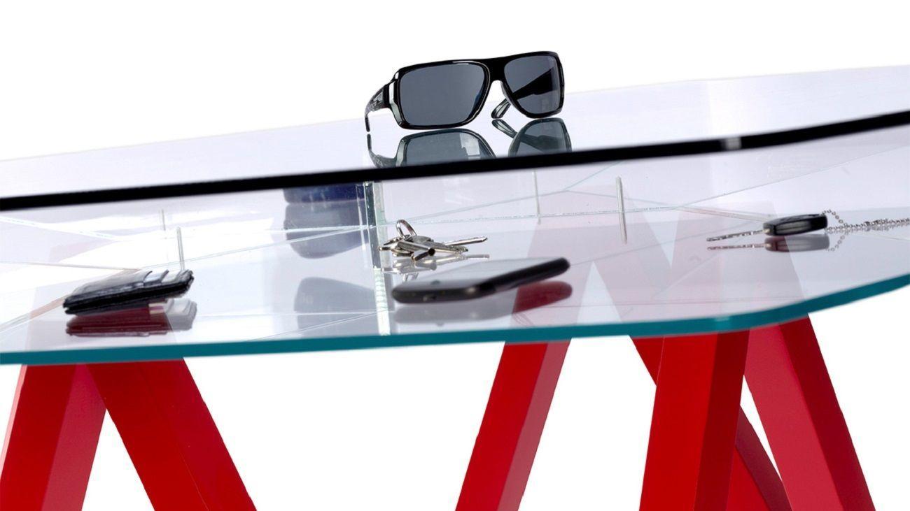 Pili Table From Quattria