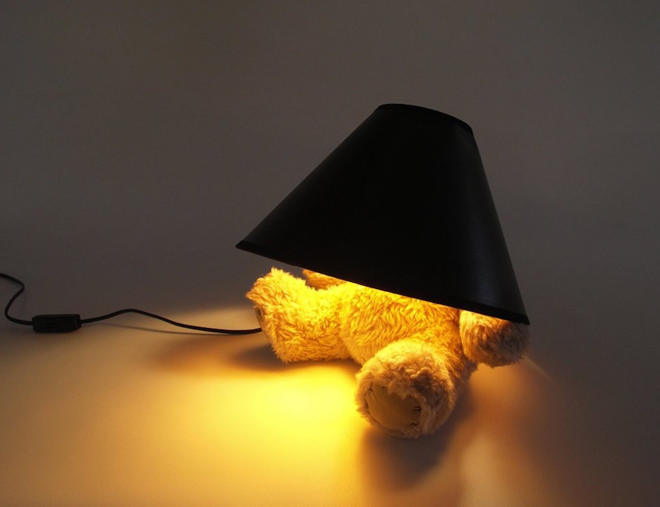 teddy-bear-lamp-from-suck-uk-new-03