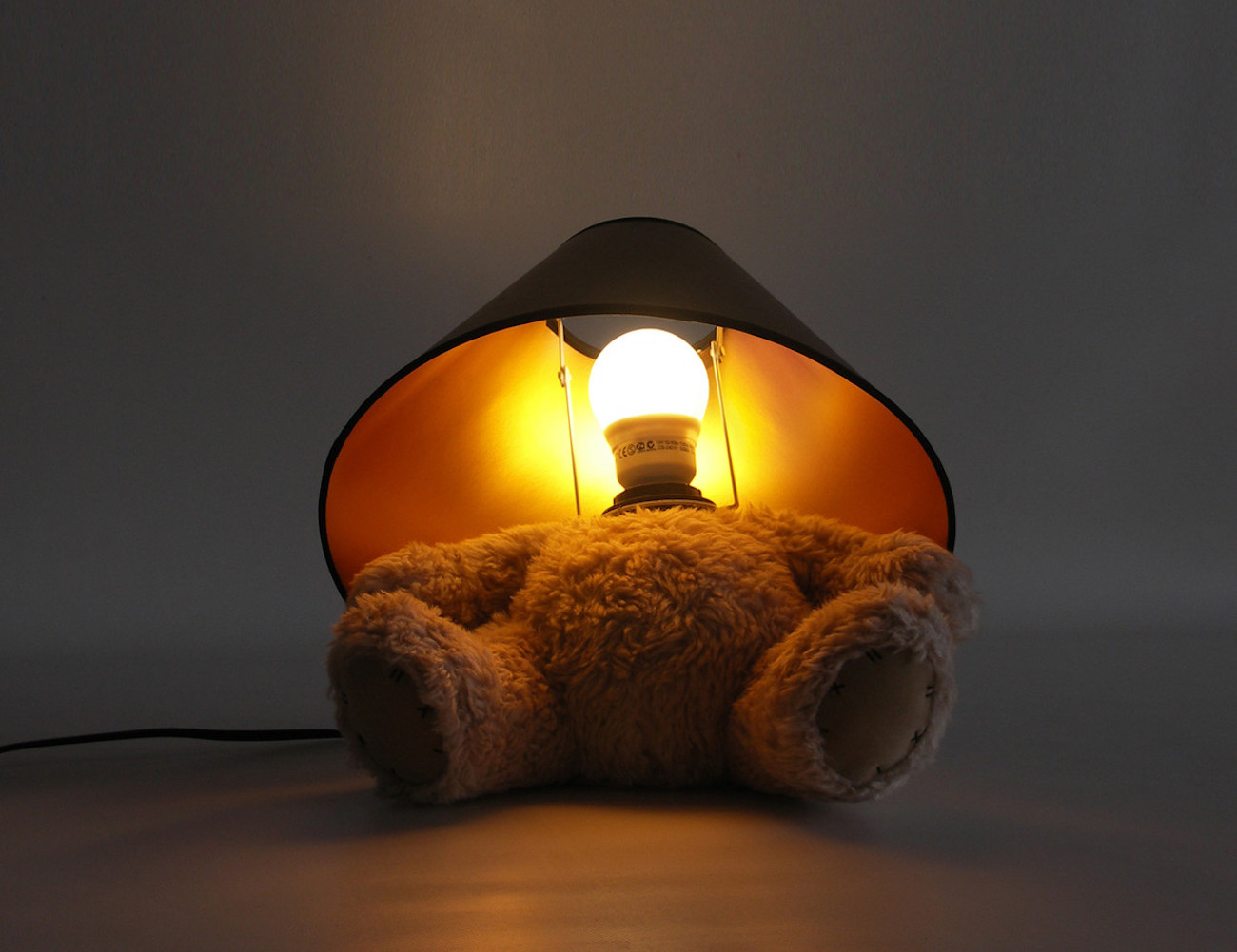 teddy-bear-lamp-from-suck-uk-new-04