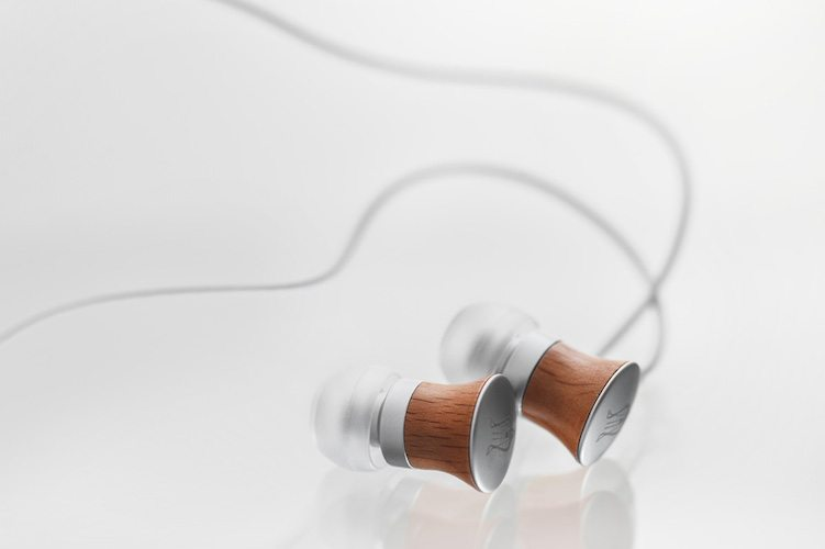 11 Deco Wood Earphones By Meze – Your Next Favorite Accessory