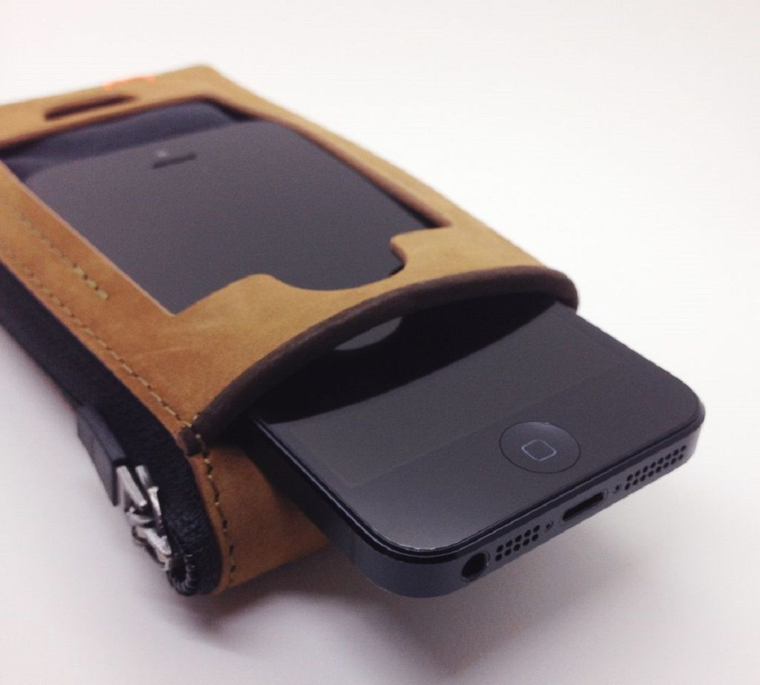 CAZLET – The Best Essential Wallet for iPhone