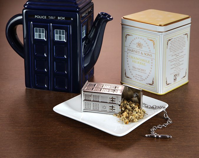 Doctor+Who+TARDIS+Tea+Infuser