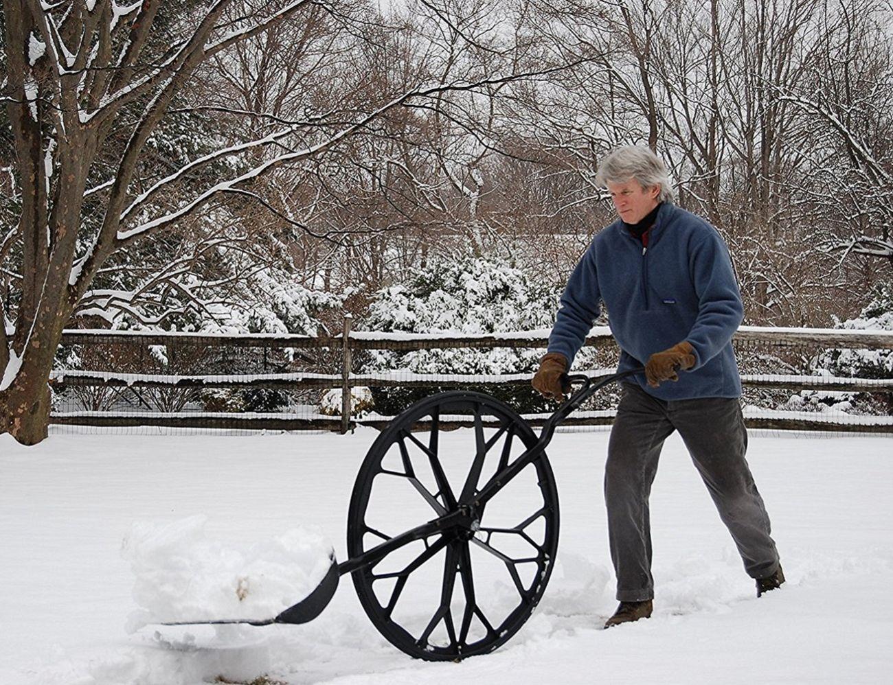 Folding+Frame+Snow+Wolf+Wheeled+Snow+Shovel