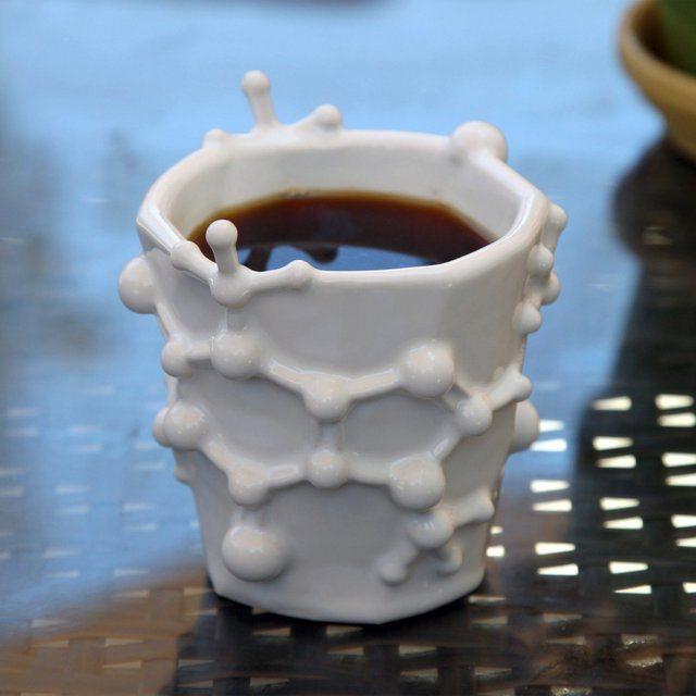 caffeine-molecule-coffee-mug