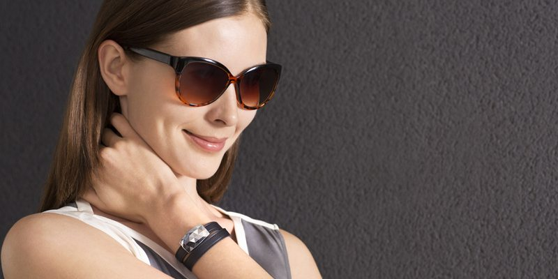 JUNE-smart-bracelet-for-women