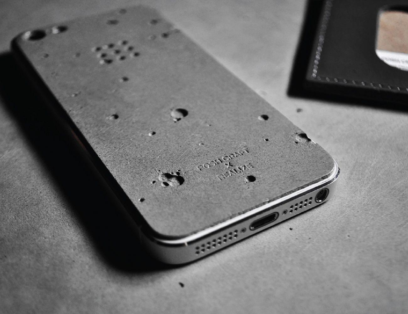 Luna Concrete iPhone SE/5s Skin