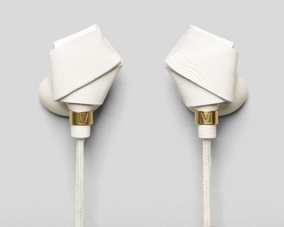 molami-bight-knotted-earbuds