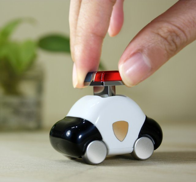 Molla Space Car 8GB USB Flashdrive