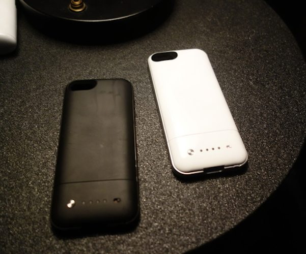 best service df084 c82a3 Mophie Juice Pack Air Battery Case for iPhone SE/5s