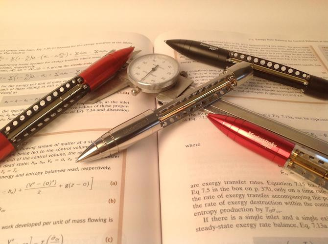 The Beautiful Aviation Inspired Twist Pen