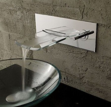 VDOMUS Single Handle Waterfall Sink Faucet