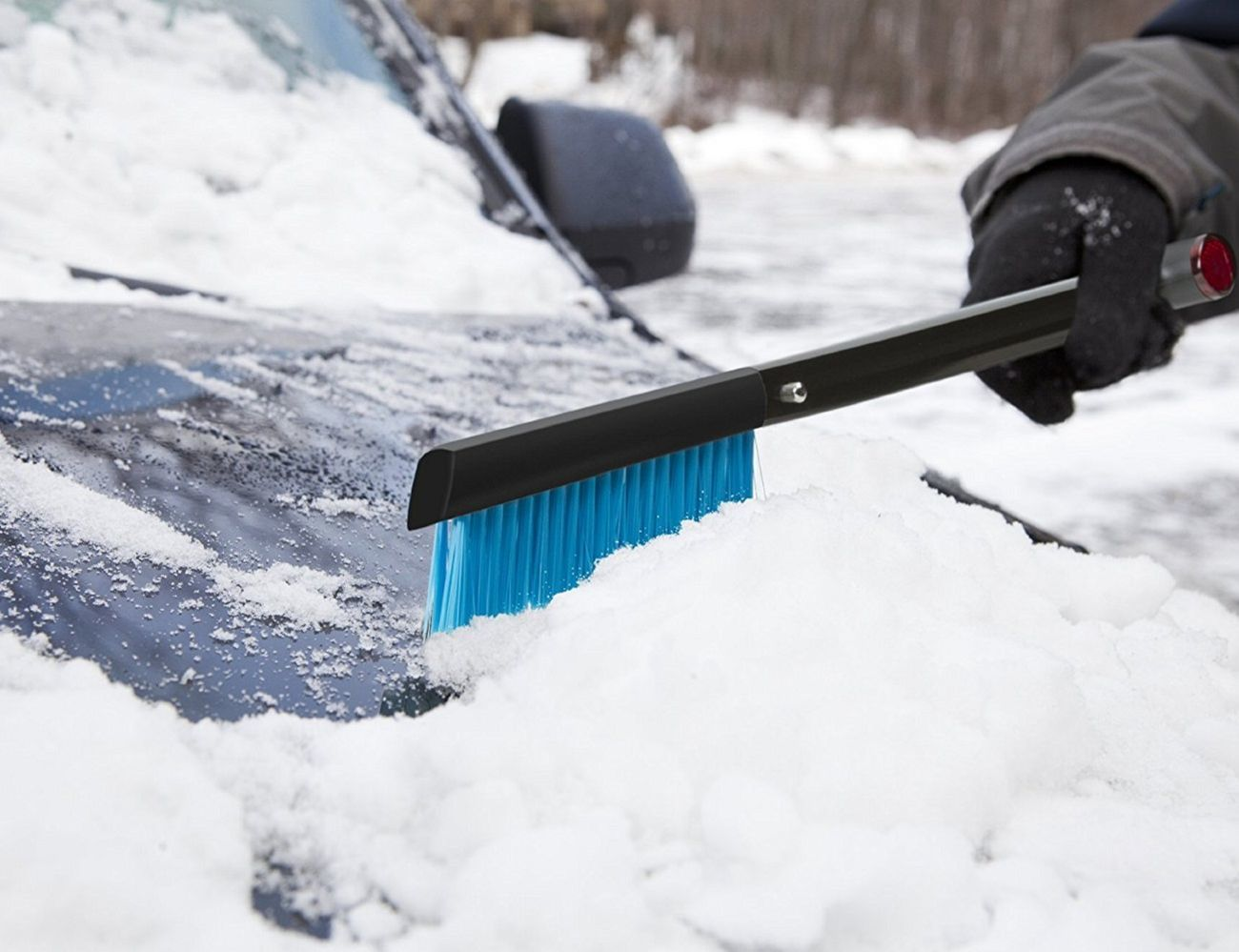 Zeus Snow Shovel and Brush