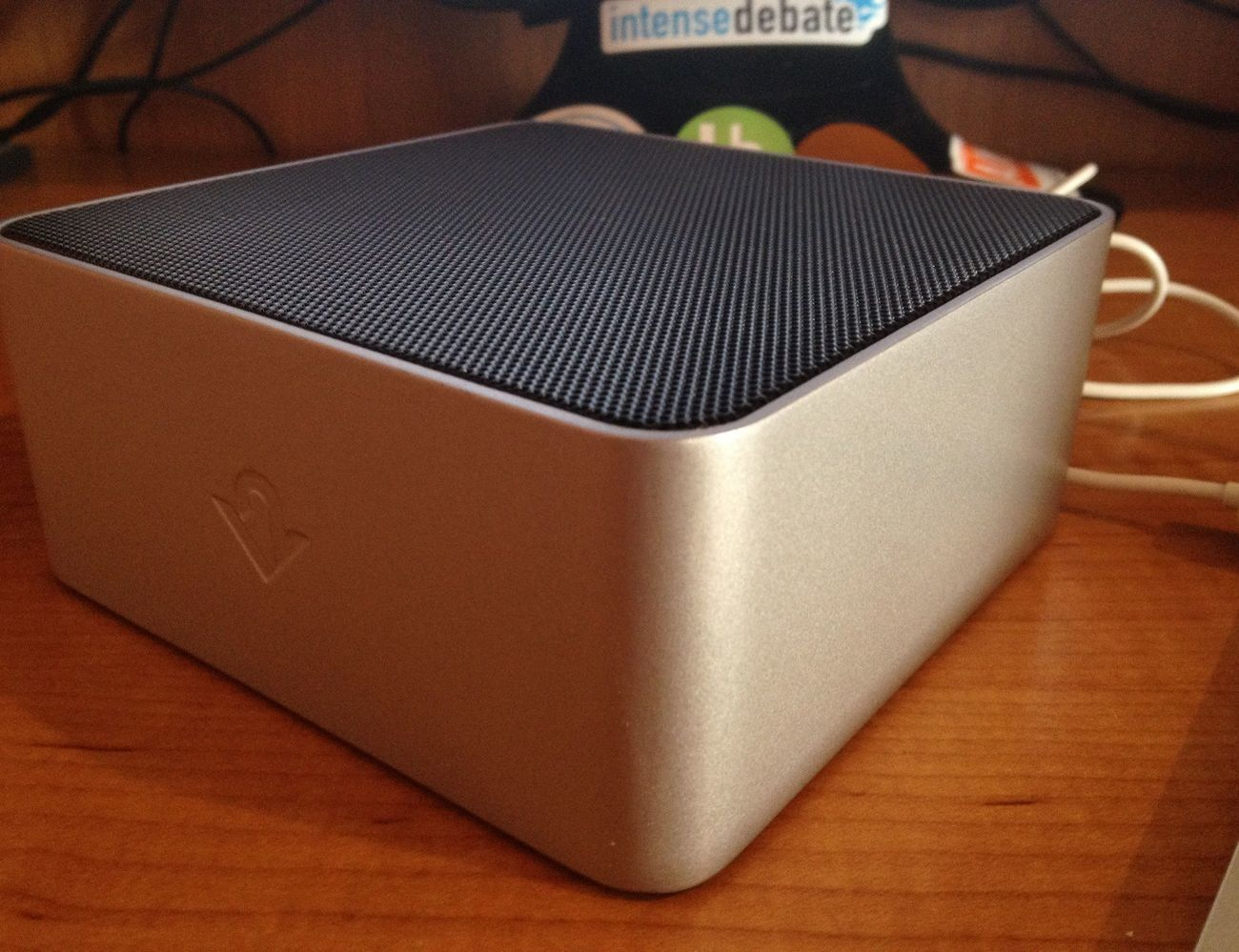 BassJump 2 Subwoofer for MacBook