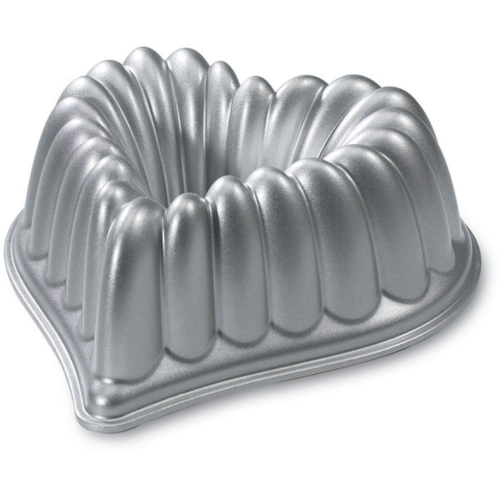 Nordic Ware Heart Bundt Pan