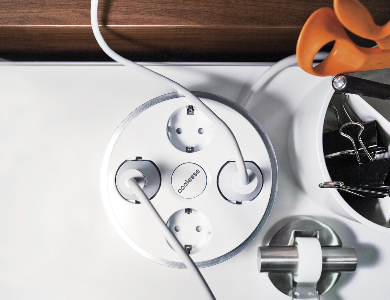 PowerPod by Coalesse – Convenient Access to Six Power Outlets