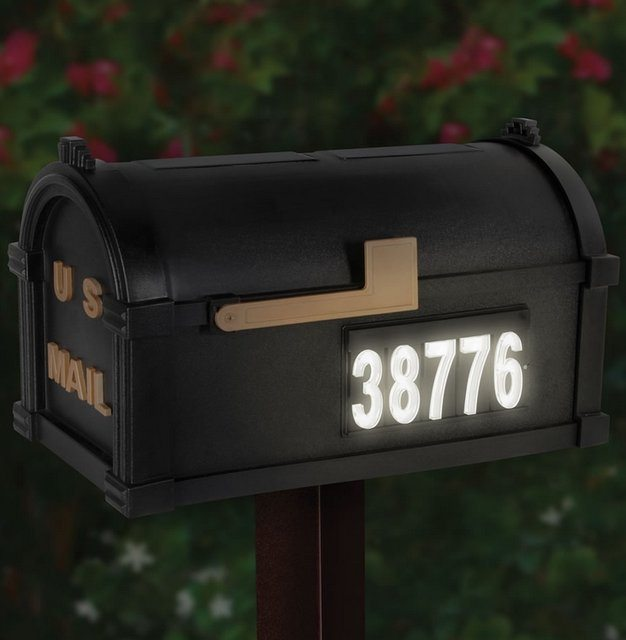 the solar illuminated address mailbox gadget flow. Black Bedroom Furniture Sets. Home Design Ideas