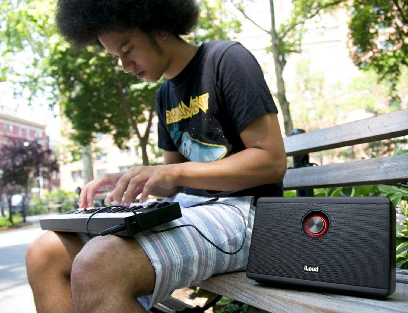 iLoud Portable Personal Speaker