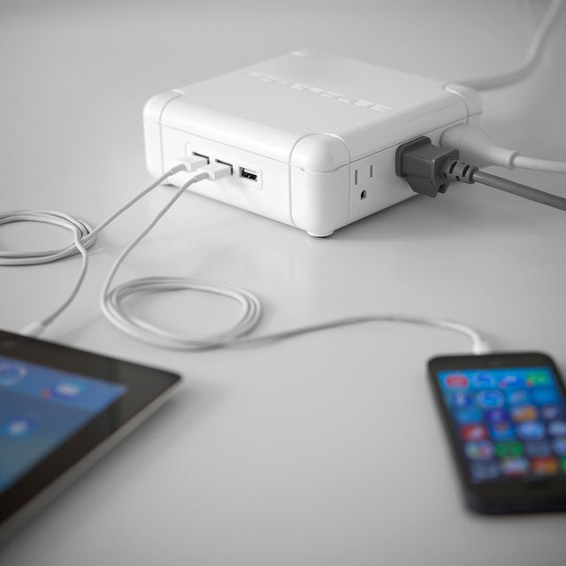Powerqube USB Charger and Power Strip