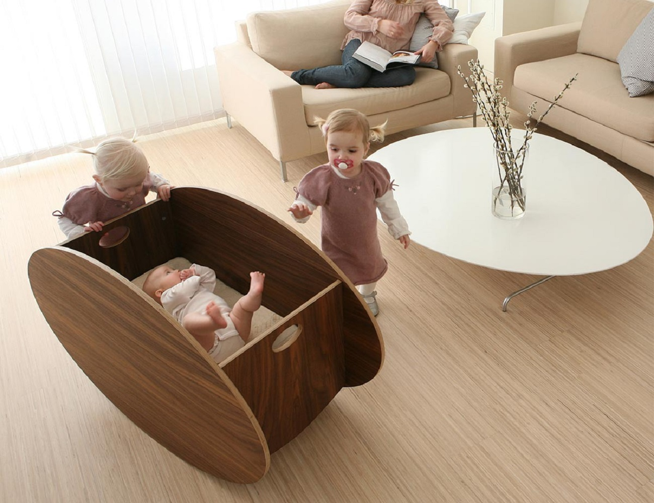 So-Ro Walnut Cradle