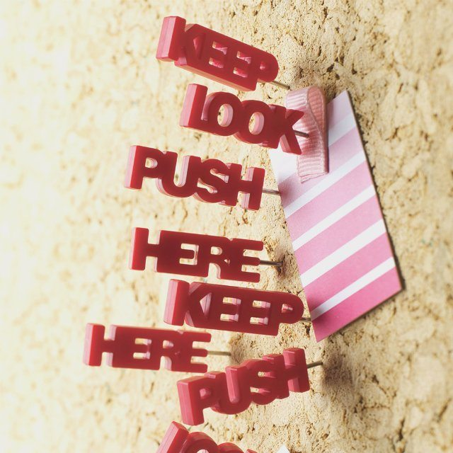 Tell+Tale+Push+Pins
