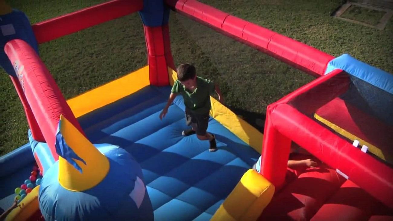 Blast Zone Misty Kingdom Inflatable Bouncer