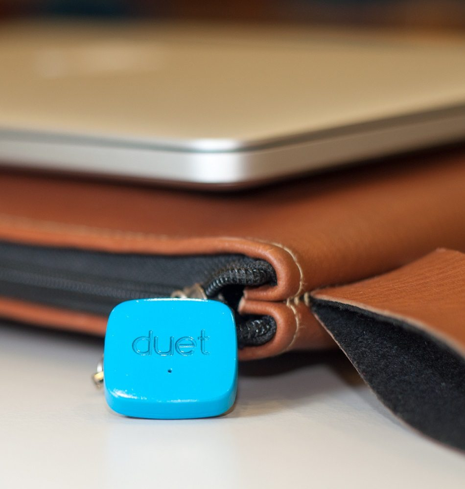 Duet- The Smart Bluetooth Tag That Watches Out For Your Phone loading=