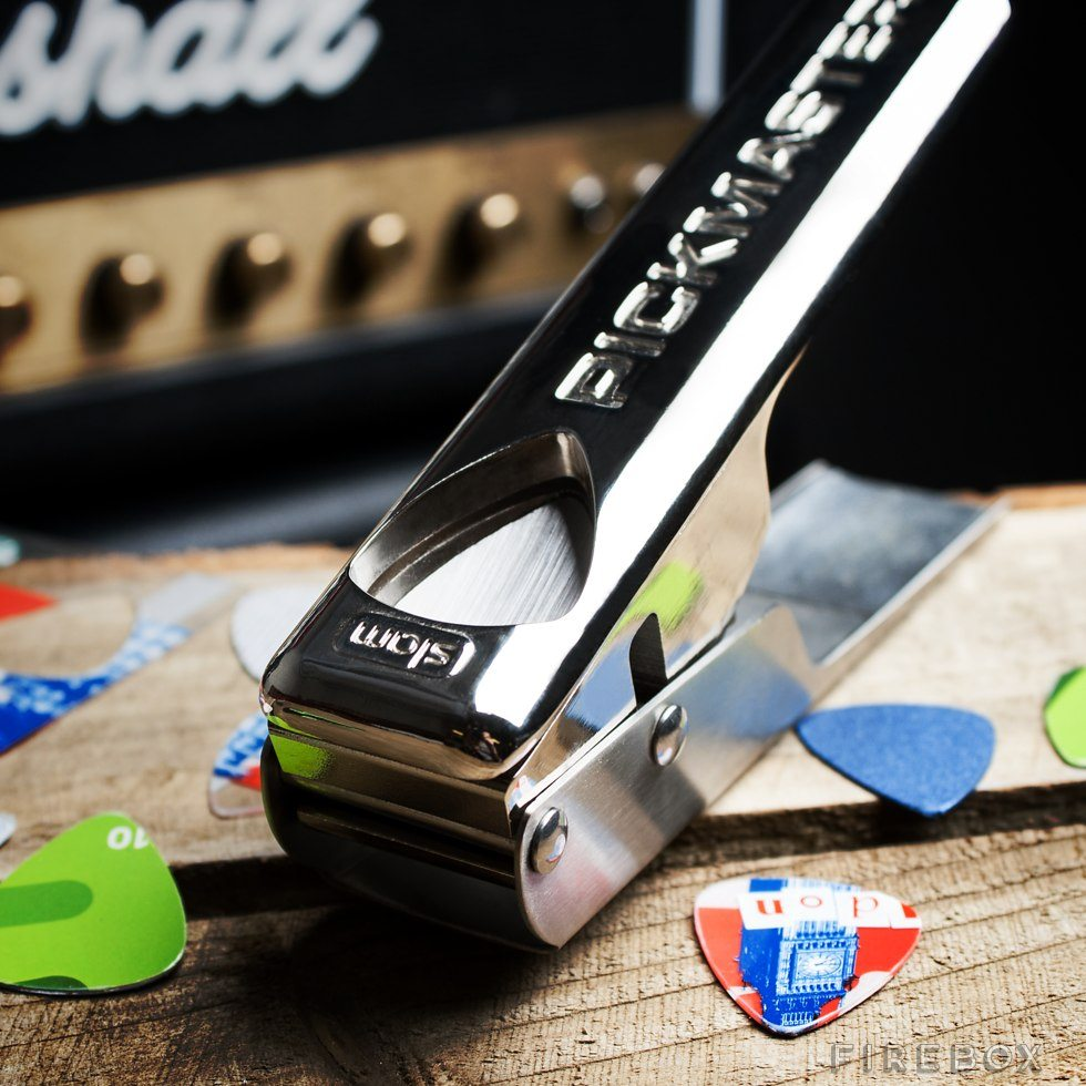 Pickmaster Plectrum Punch v2.0