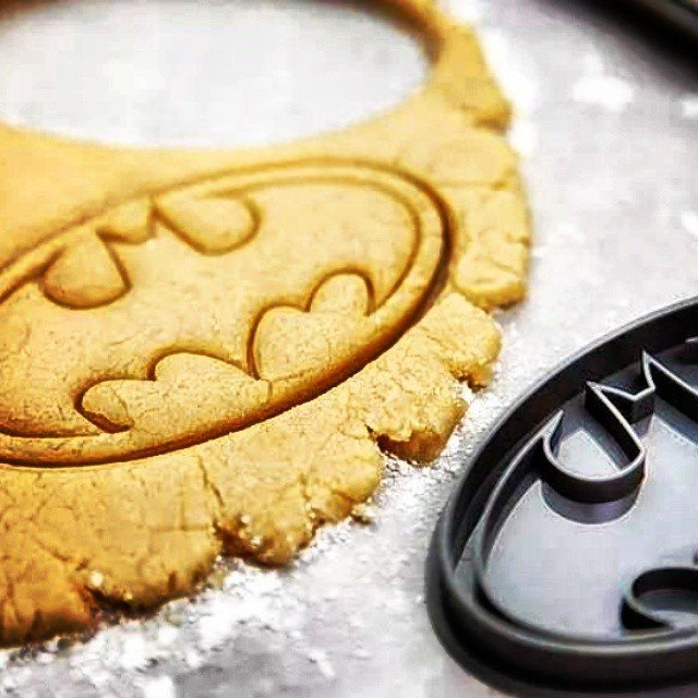Batman+Logo+Cookie+Cutter+Stamp