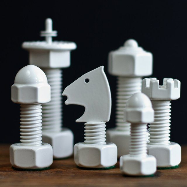 Classic+Tool+Chess+Set