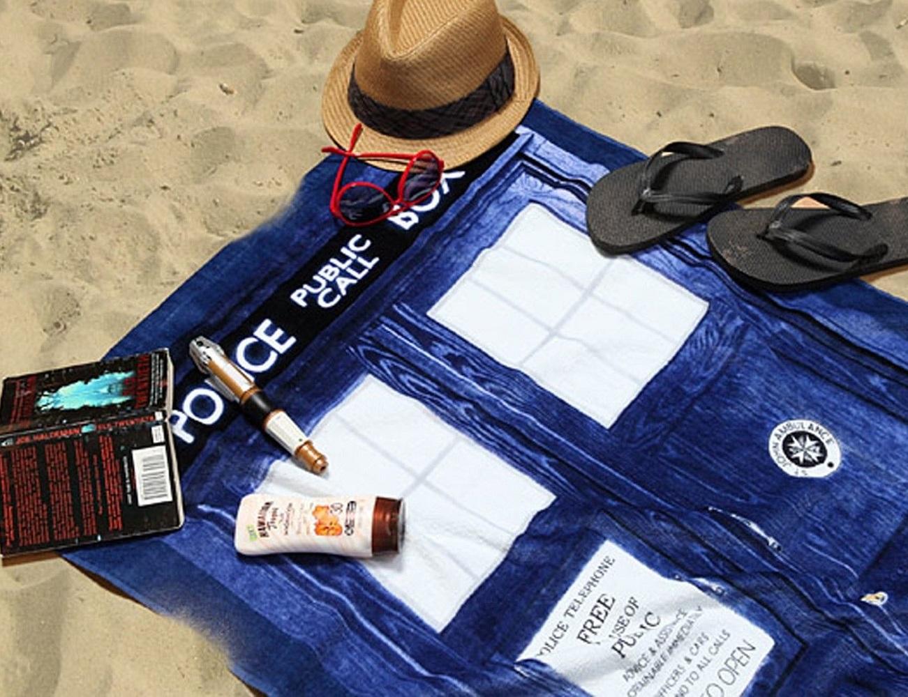 Doctor+Who+Tardis+Beach+Towel