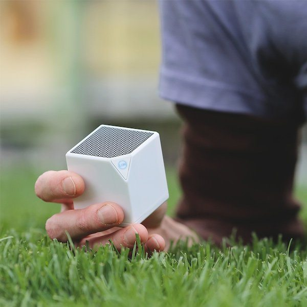 Little Bluetooth Speaker by LON