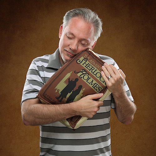 olde-book-pillow-classics-02
