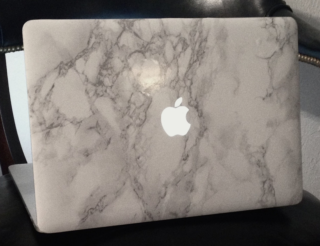 White Macbook Cover ~ Marble macbook sleeve gadget flow