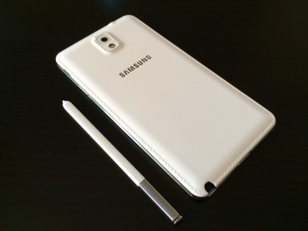 Samsung Galaxy Note 3 is a Monster of a Device That Makes It Easy and Simple to Have Fun