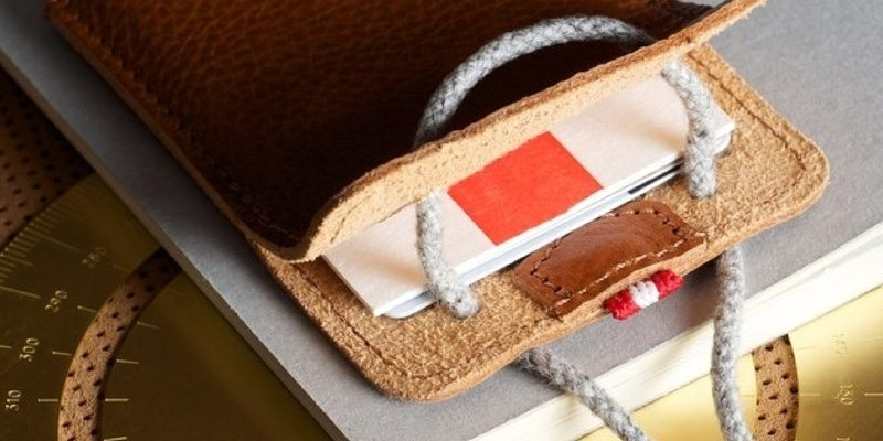 Heritage Draw Card Case From Hard Graft