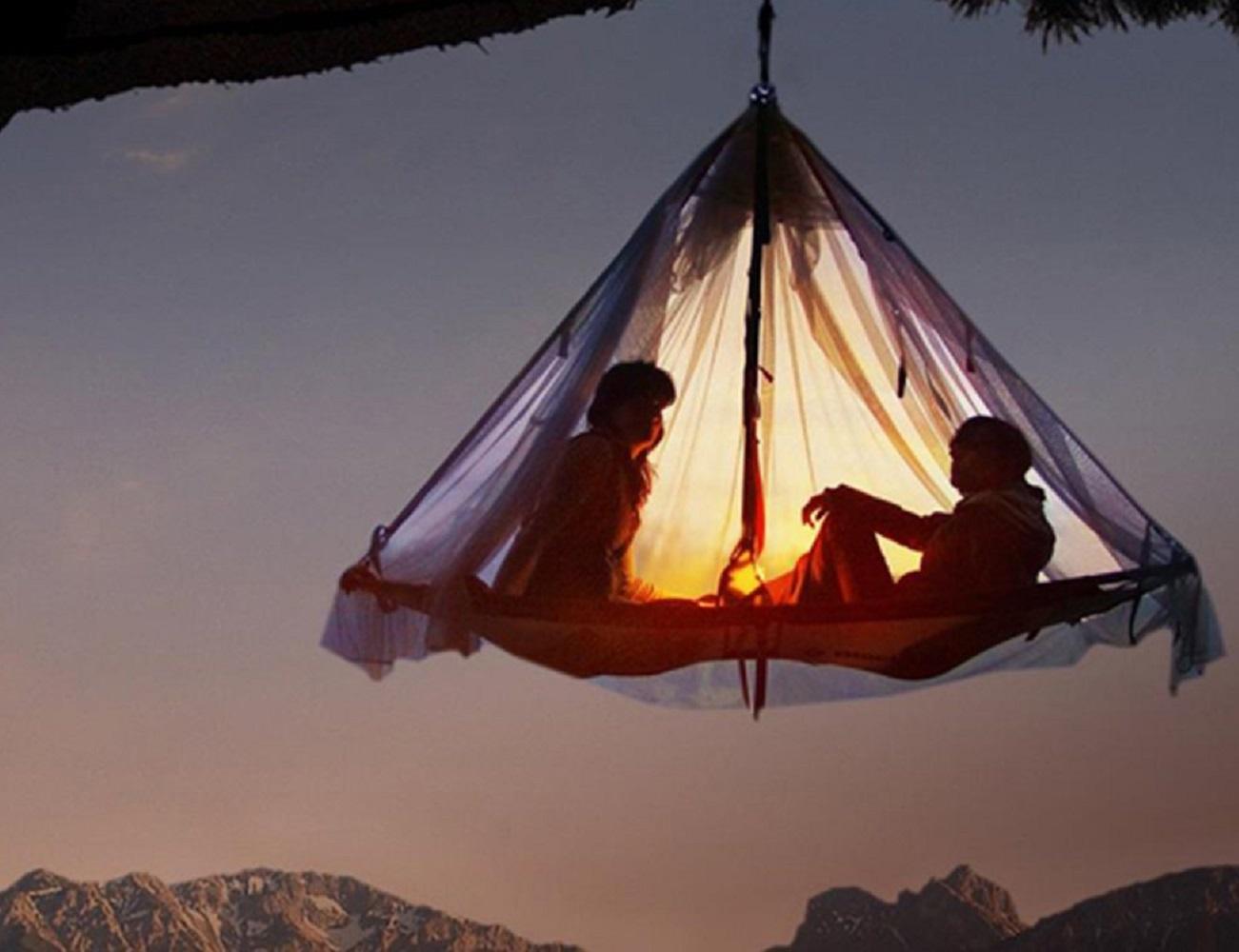 Hanging+Cliff+Cabana