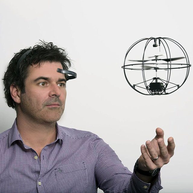 Mind-Controlled Helicopter by Puzzlebox Orbit