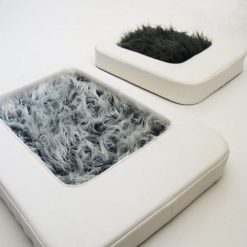 Nesto Pet Bed w/ Faux Fur Mattress