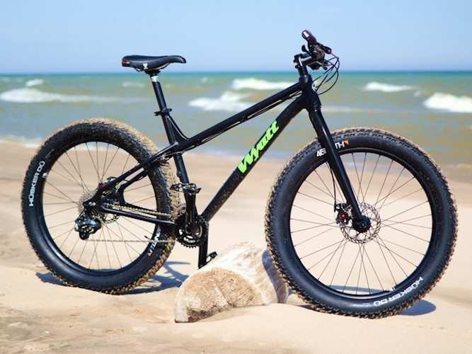 the-drift-a-true-all-terrain-fat-bike-01
